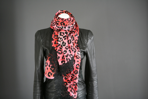 Zijden sjaal 709