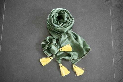 Zijden sjaal 715