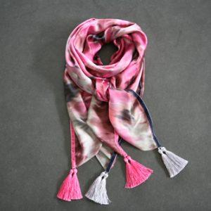 Zijden sjaal 806
