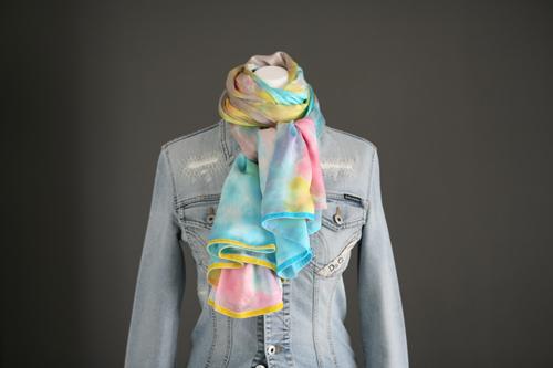 Zijden sjaal 704