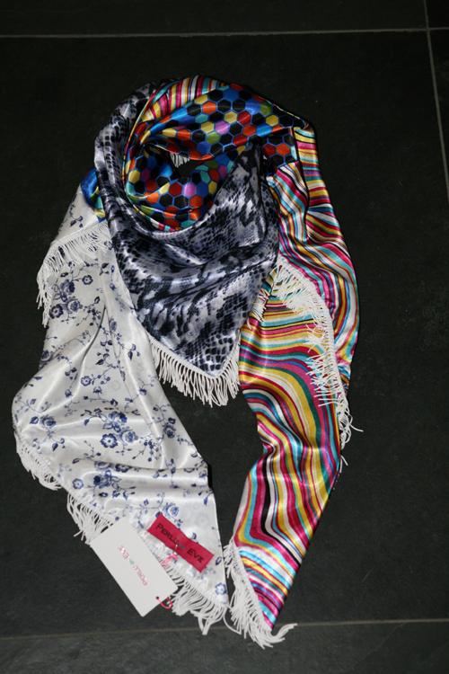 Zijden sjaal 405